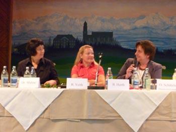 Seyran Ates, Birgit Veith, Andrea Krueger MdL