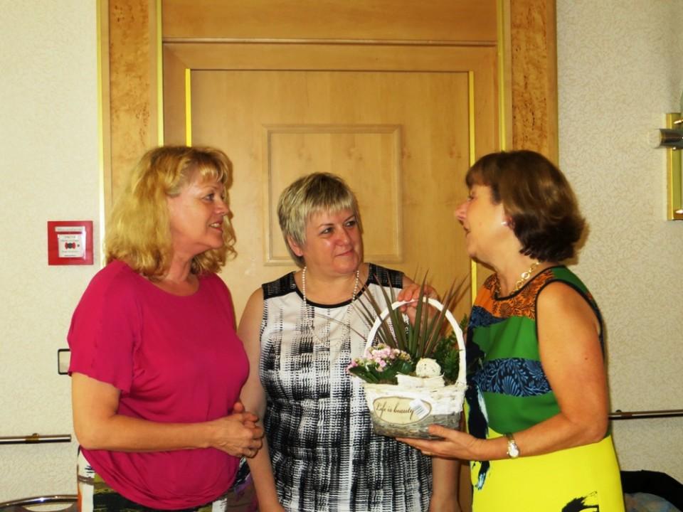 v.l.n.r. Helga Gund, Kordula Kovac MdB, Dr. Marianne Engesser